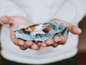 El salari brut del 2019 ja s'ha aprovat